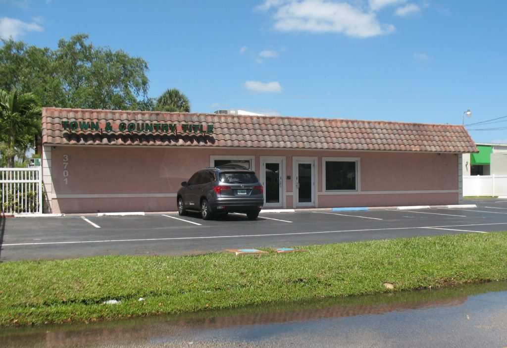 This commercial building in South Florida at 3701 West Commercial Blvd. sold for $610,000. Rapp Realty represented the seller