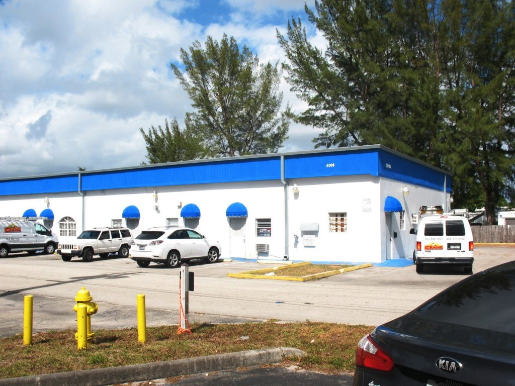 This commercial building in South Florida at 5098 NW 37 Ave sold for $410,000. Rapp Realty represented the buyer