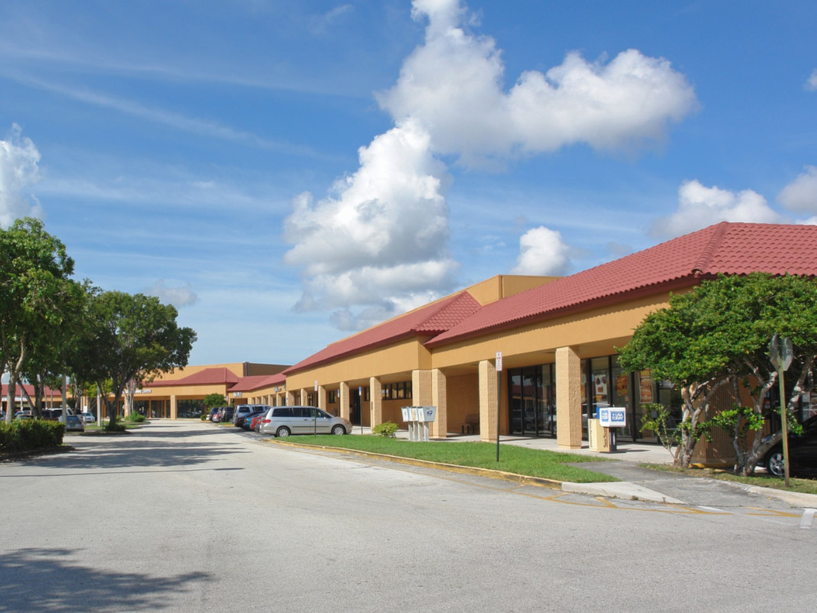 For Lease - 6931-7249 NW 88th Ave - Tamarac Square West