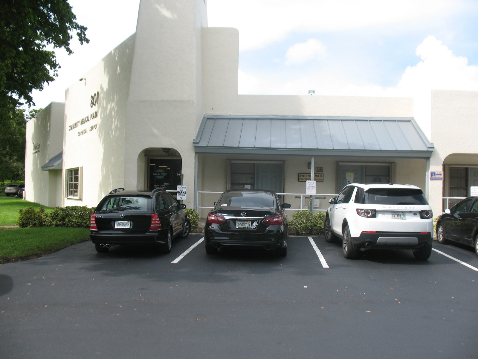 South Florida Commercial Real Estate for Lease - 801 Meadows Road